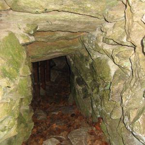 jaskinia-radochowska-wejscie-2.jpg