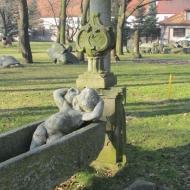 bielany-wroclawskie-dwor-lapidarium-06