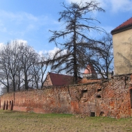 bierutow-mury-miejskie