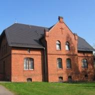 biskupice-kosciol-sw-jacka-plebania