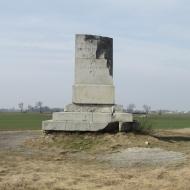 blonie-pomnik-07