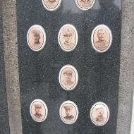borucin-kosciol-pomnik-poleglych-2
