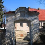 braszowice-kosciol-brama