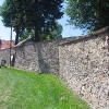 budzow-kosciol-mur