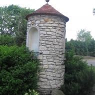 bujakow-kosciol-kapliczka