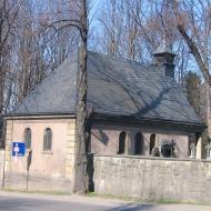 bystrzyca-cmentarz-kaplica-2
