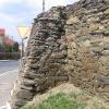 cesarzowice-kosciol-mur