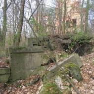 chwalimierz-palac-ruiny-2