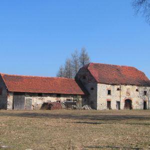 dabrowka-dwor