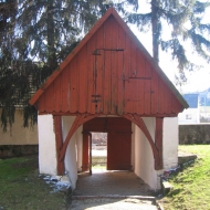 dobroszow-kosciol-brama-2.jpg