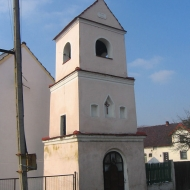 domecko-kaplica-dzwonnica-pierwsza