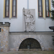 domecko-kosciol-figura