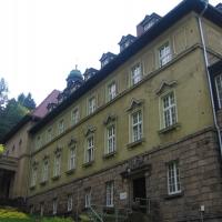 duszniki-zdroj-klasztor-franciszkanow.jpg