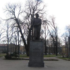 gliwice-pl-mickiewicza-pomnik-mickiewicza