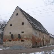 grabin-zespol-dworski-spichlerz-1