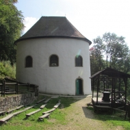 grabowiec-kaplica-sw-anny-01
