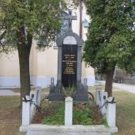 hostalkovice-kosciol-pomnik-poleglych