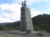 jablonki-pomnik-swierczewskiego.jpg