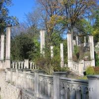 kamieniec-zabkowicki-zamek-schody-1.jpg