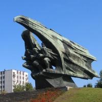 katowice-pomnik-zolnierza-polskiego-2.jpg