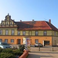 kostomloty-stary-ratusz-1
