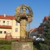 kostomloty-pomnik