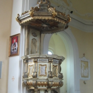 kostow-kosciol-ambona