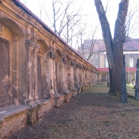 leszno-kosciol-sw-krzyza-lapidarium-19.jpg