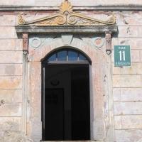 lewin-klodzki-rynek-kamienica-portal.jpg