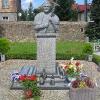 lutynia-kosciol-sw-jozefa-pomnik-jana-pawla-ii
