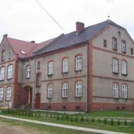 markowice-budynek