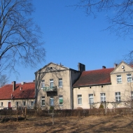 murow-budynek-2
