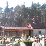murow-kosciol-cmentarz-kaplica