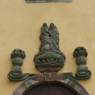 niemojow-kosciol-portal.jpg