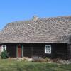 niwki-ksiazece-dom-drewniany-z-wkladkami-rudy-darniowej-3
