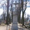 nowe-zagrody-cmentarz-krzyz-1