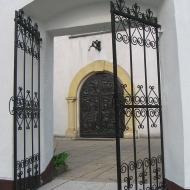 olesno-kosciol-sw-michala-brama-3