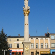olesno-rynek-kolumna-maryjna-1