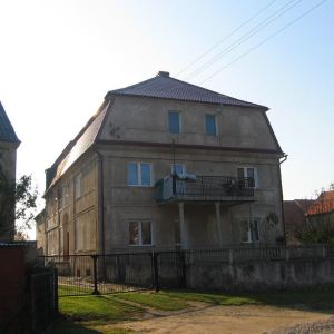 osiek-budynek-2
