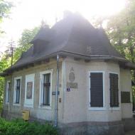 pszczyna-park-zamkowy-dom-ogrodnika-2