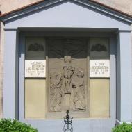 pawlowice-kosciol-mauzoleum-1