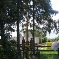 perzow-krzyz-przy-stacji