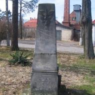 posadowice-kosciol-pomnik-poleglych-1
