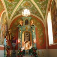 praszka-kosciol-wniebowziecia-nmp-1-wnetrze-oltarz-boczny