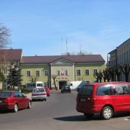 praszka-rynek-urzad-miasta-3
