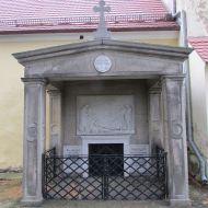 przerzeczyn-zdroj-kosciol-mur-35