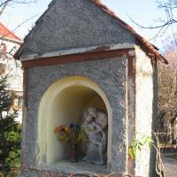 radochow-kaplica-1.jpg