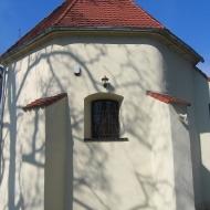 ruja-kosciol-prezbiterium