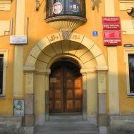 skoczow-rynek-ratusz-portal