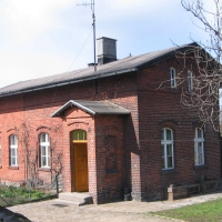 smardzow-stacja-budynek.jpg